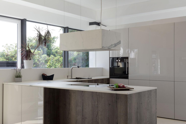 Leicht Küchen Avance – Musterküchen im BÖHM Interieur Küchenstudio