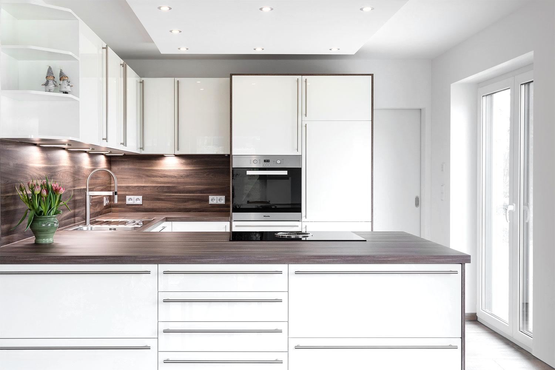 fr hlingsfrische k che in u form b hm interieur projekte. Black Bedroom Furniture Sets. Home Design Ideas