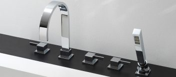 Graff Edelstahl Badezimmer Armaturen, Qubic Serie, Wannenrand-Fünflochbatterie mit Handbrause, E-6251-LM39B